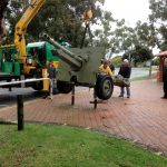 The Victoria Park RSL field gun being lifted